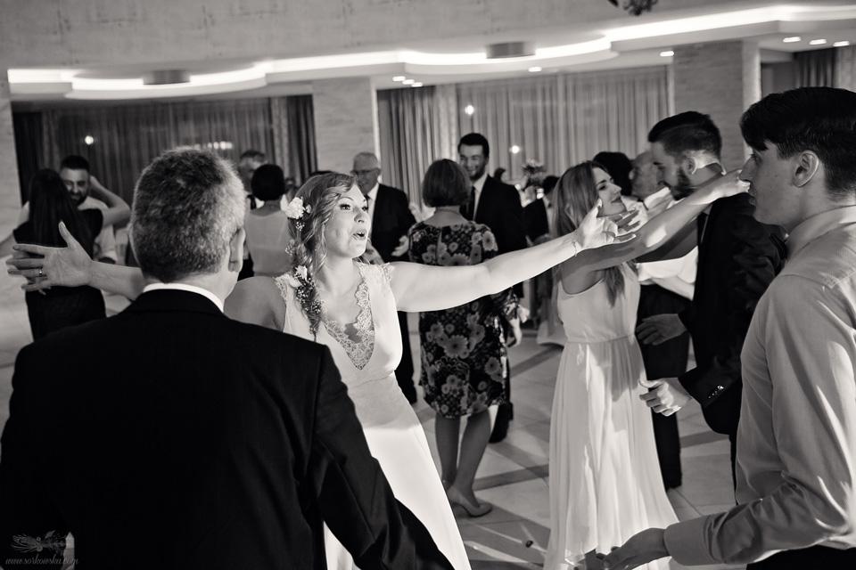 Fotograf ślubny Lublin Łęczna Stalowa Wola Sandomierz reportaż ślubny wesele tańce