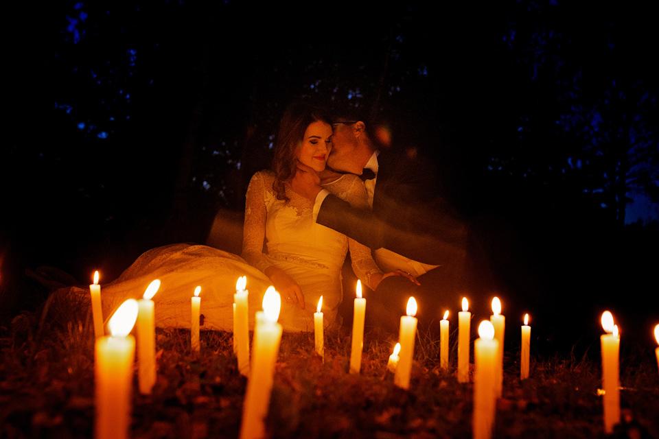 Sesja ślubna plener świece 4
