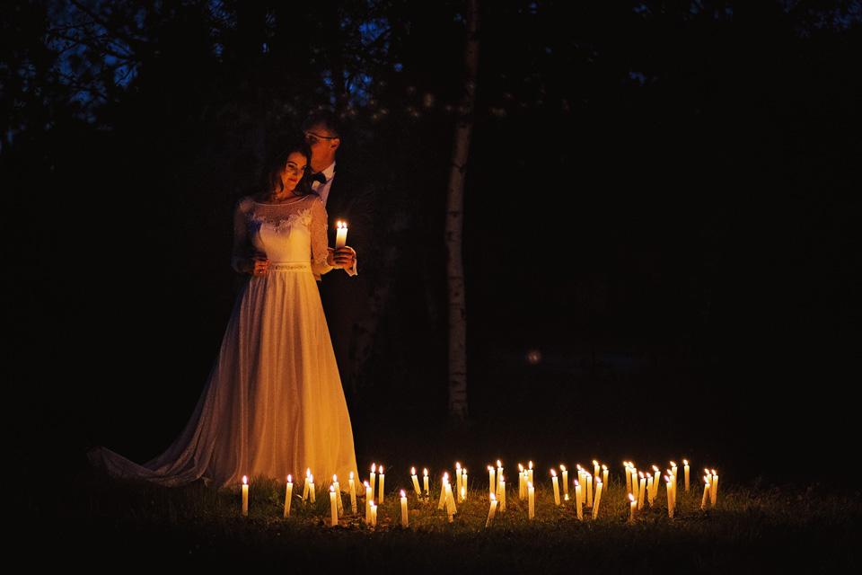 Sesja ślubna plener świece 10