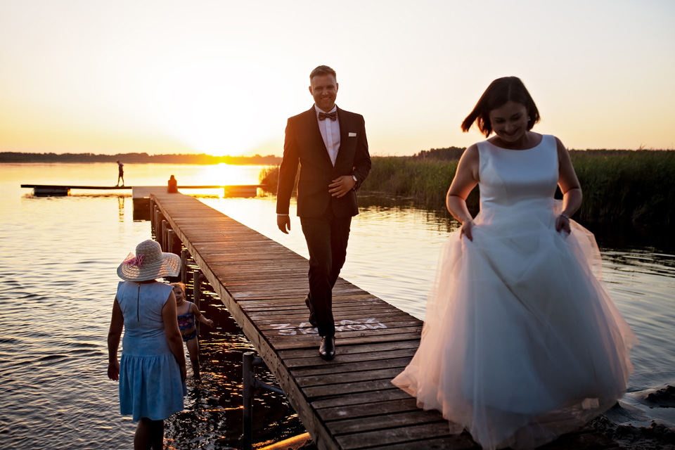 sesja ślubna nad jeziorem w Lublinie fotograf 76