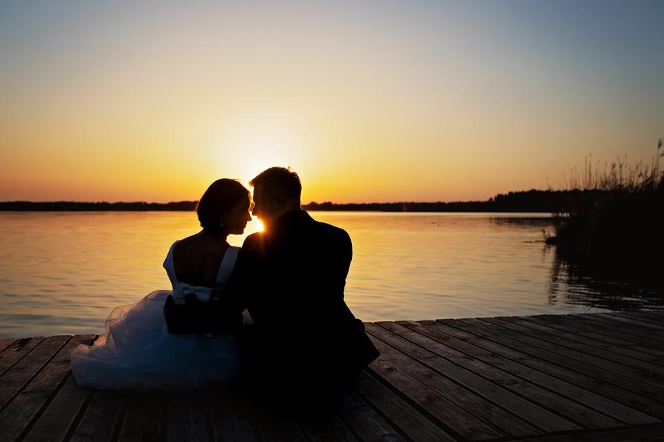 sesja ślubna nad jeziorem w Lublinie fotograf 73