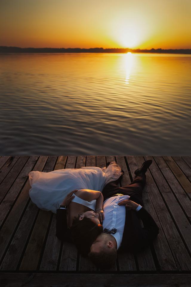 sesja ślubna nad jeziorem w Lublinie fotograf 72