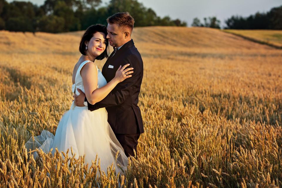 sesja ślubna nad jeziorem w Lublinie fotograf 60