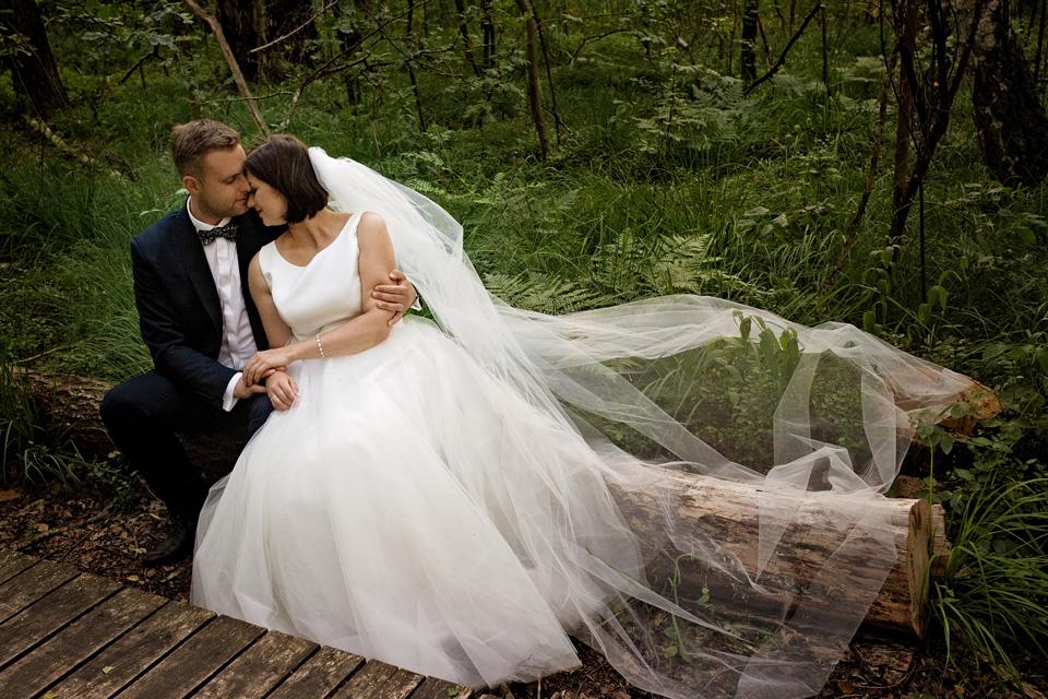 sesja ślubna nad jeziorem w Lublinie fotograf 55
