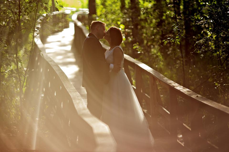 sesja ślubna nad jeziorem w Lublinie fotograf 52