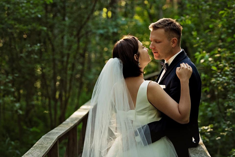 sesja ślubna nad jeziorem w Lublinie fotograf 40