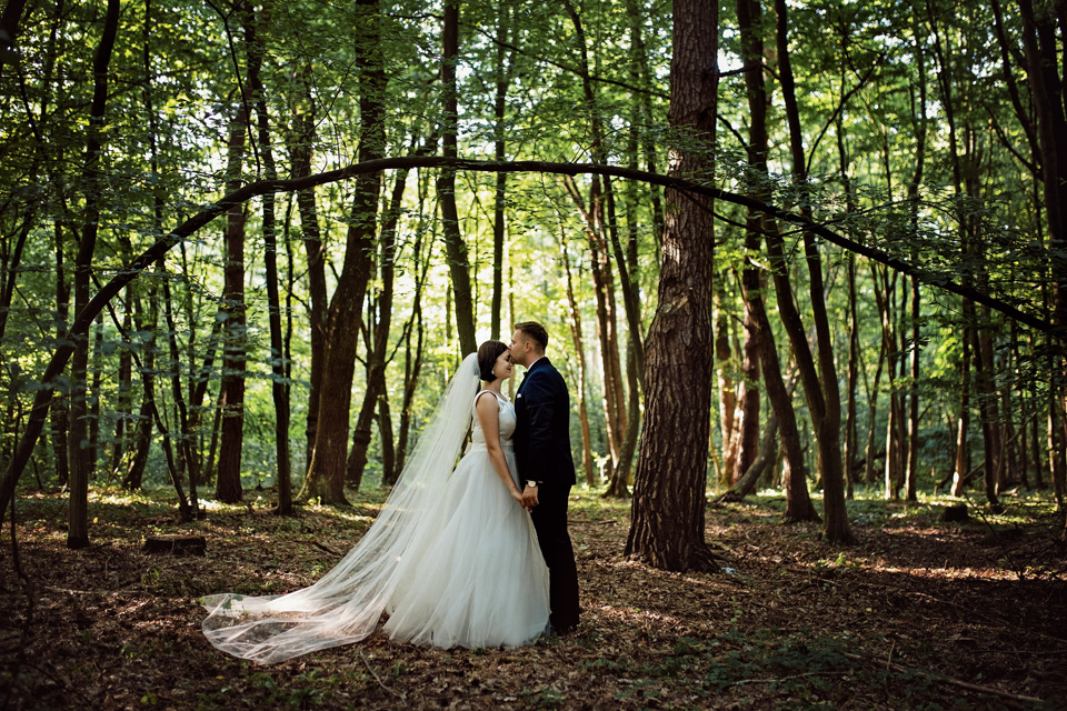 sesja ślubna nad jeziorem w Lublinie fotograf 7